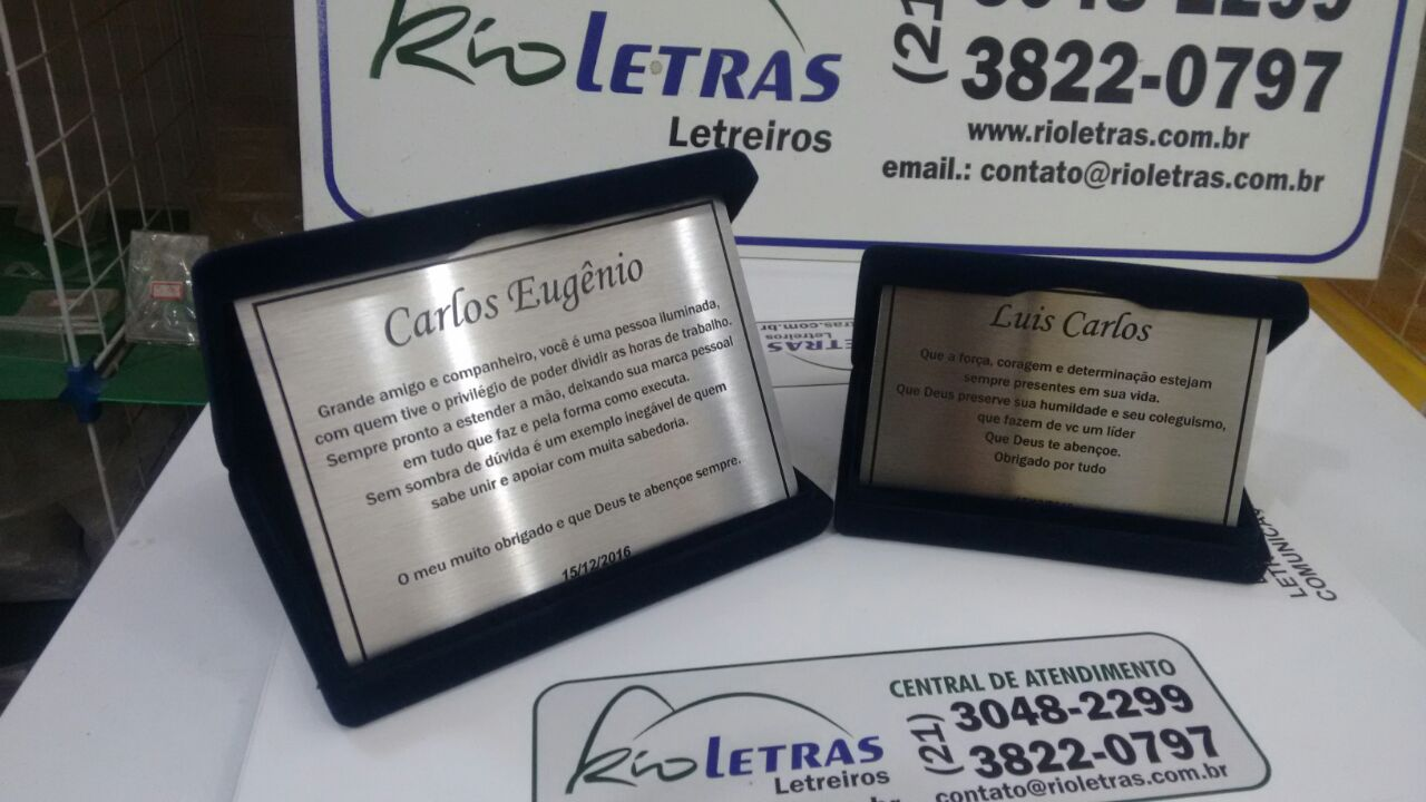 placas-homenagem-baixo-relevo-004
