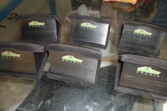 placas-homenagem-baixo-relevo-009
