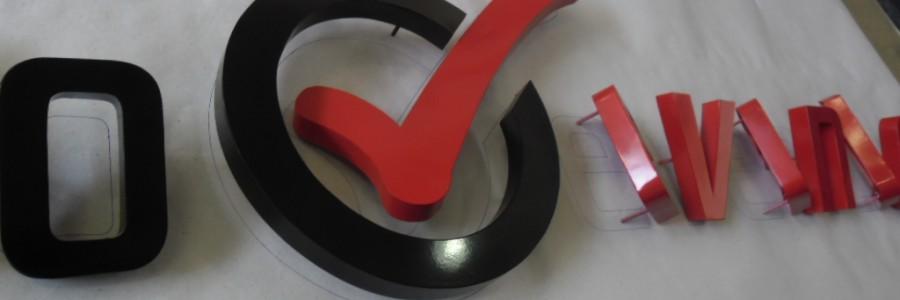 Logotipo em Chapa galvanizada